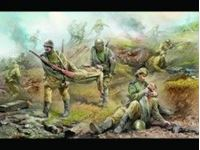 Immagine di Zvezda - 1/35 Soviet Medical Personnel WWII 3618ZS