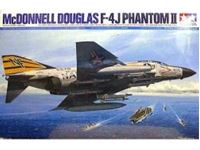 Immagine di Tamiya - 1/32   F-4J Phantom II Navy 60306