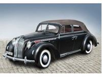Immagine di ICM - 1:24 Admiral Cabriolet with open cover, WWII German Passenger Car 24022