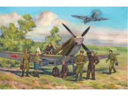 Immagine di ICM - 1:48 - Spitfire LF.IXE with Soviet Pilots and Ground Personnel 48802