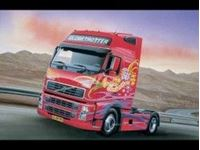 Picture of Italeri - 1/24 VOLVO FH16 GLOBETROTTER XL 3821S