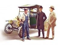 Immagine di 1:24 Ford Team (Model T 1913 Roadster car kit and 3 figures)