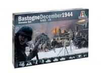 Immagine di 1/72 BASTOGNE December 1944 DIORAMA SET La scatola include: M4A3 Sherman 76 mm - M4A3E2 Sherman ?Jumbo? - Pz. Kpfw. VI Tiger I - Wrecked house - Walls and ruins - Battlefield Accessories - German Pak 40 AT Gun with crew- 8.8 cm Flak 37 AA Gun - German Inf
