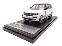 Picture of LCD MODELS RANGE ROVER SV AUTOBIOGRAPHY DYNAMIC 2017 WHITE 1/43
