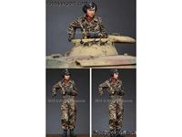 Picture of ALPINE MINIATURES  	1/35 KIT (MAQUETTE) WSS PANZER COMMANDER NO.2
