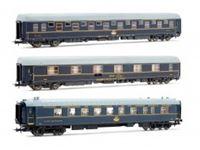 Immagine di 3 unit set CIWL, T2 azul, version original + T2 RENFE azul, version original + CIWL, WR restaurante (como Electrotren 18200)