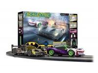 Immagine di Scalextric Spark Plug - Batman vs Joker Race Set - UK PLUG