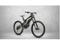 Picture of VENOM EVOLUTION Moto-Bike elettrica a pedalata indipendente e gestione motore tramite manopola acceleratore