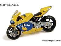 Immagine di IXO 1/24 DIE CAST  Honda Rc211V Biaggi Biaggi 2004