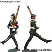 Picture of Andrea miniatures  54mm   LEIBSTANDARTE SS LAH GOOSE STEPING SOLDIER (ASSEMBLED ET PAINTED KIT)