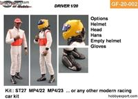 Immagine di Tamiya  1/20 KIT Driver Standing 2 Options Included